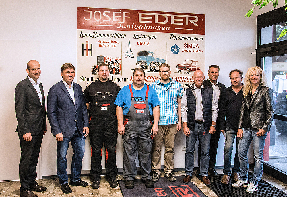 Prächtig 7-faches Jubiläum bei Traditionsunternehmen - EDER Stapler &NA_75